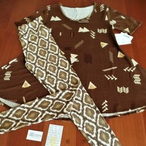 LULAROE OUTFIT! XS- PERFECT-T with OS- LEGGINGS